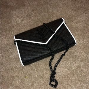 Ysl Cross body bag authentic !!!!!